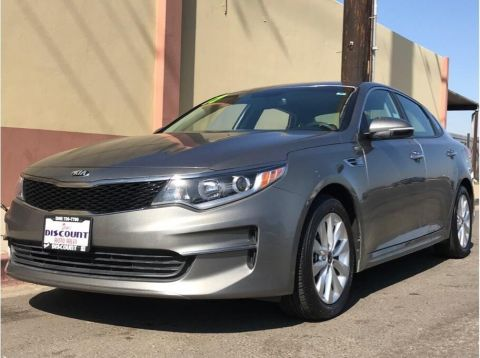 Pre-Owned 2017 Kia Optima LX